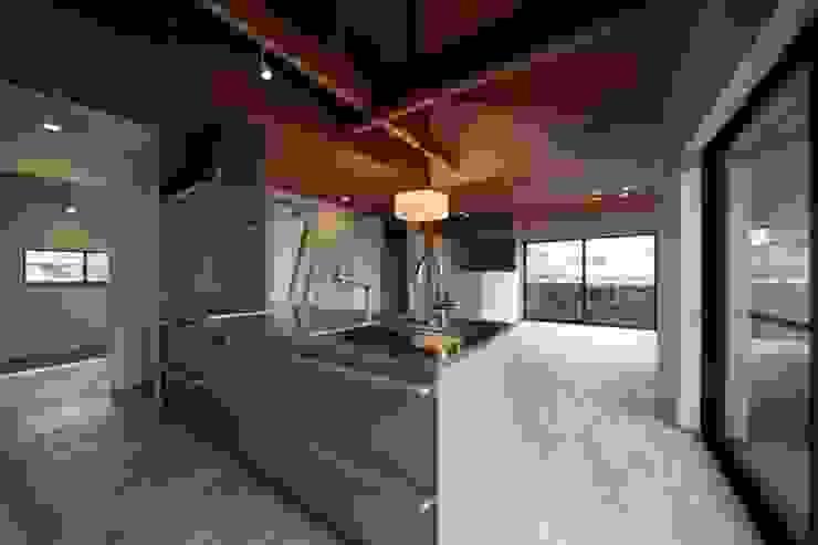 長配の家 北欧デザインの キッチン の 加門建築設計室 北欧