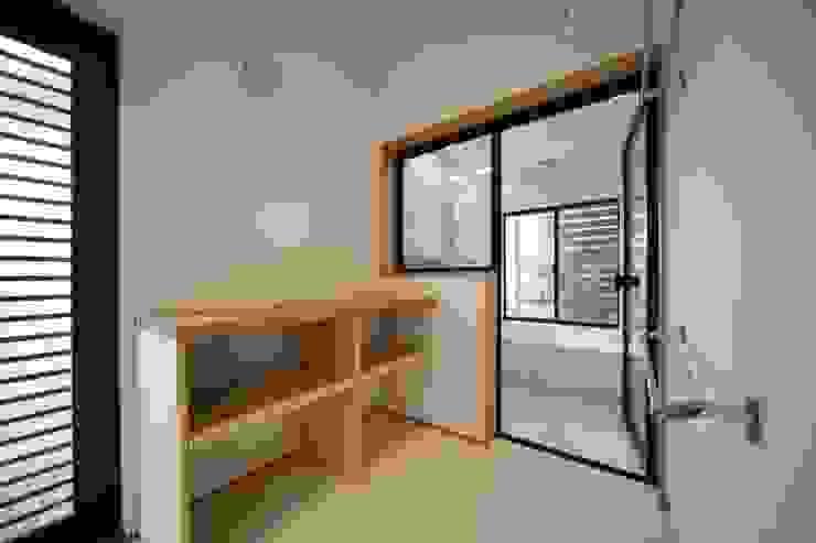 長配の家 北欧スタイルの お風呂・バスルーム の 加門建築設計室 北欧