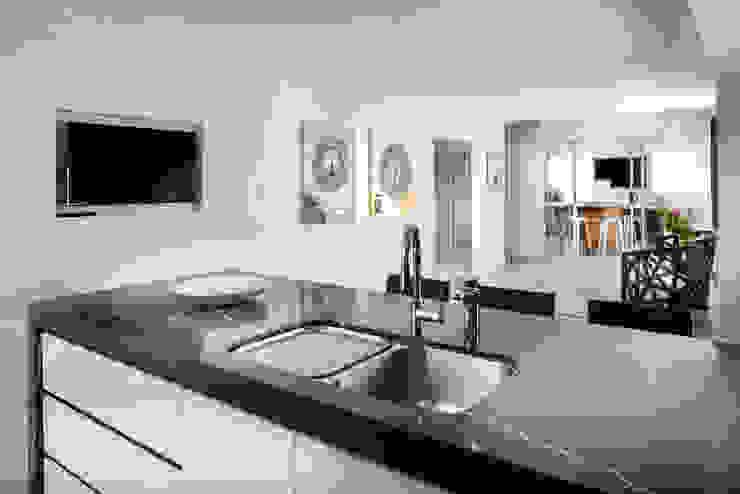 Kitchen von Moda Interiors