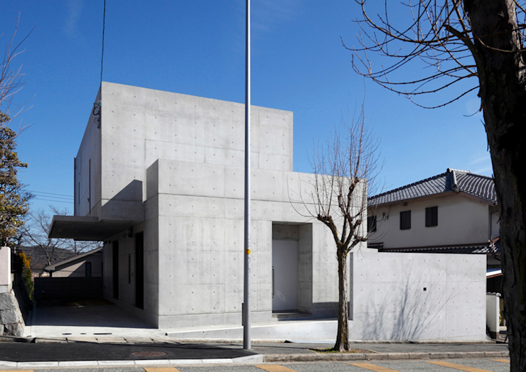 Modern Houses by atelier m Modern Reinforced concrete