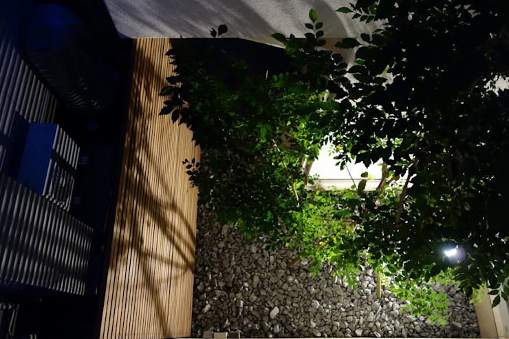 エクステリア&中庭アレンジ 埼玉県吉川市 モダンな庭 の NOD GARDEN モダン