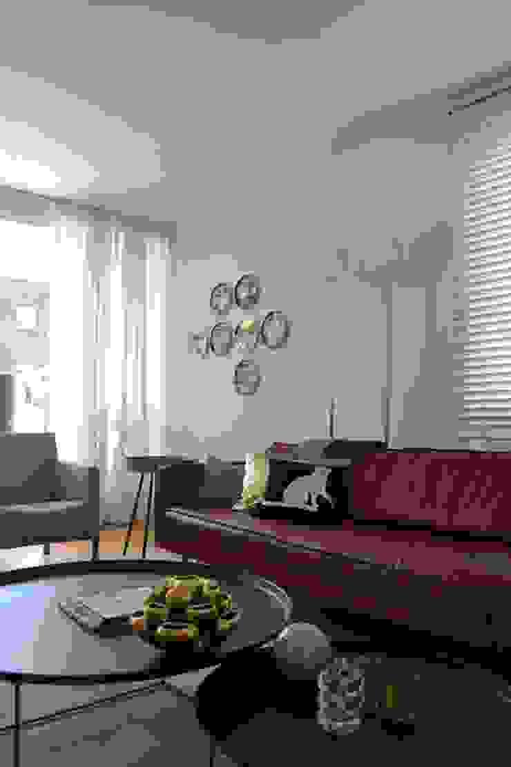 INTERIEURONTWERP ZITKAMER, EETKAMER EN HAL Moderne woonkamers van Binnenkijken Interieuradvies Modern