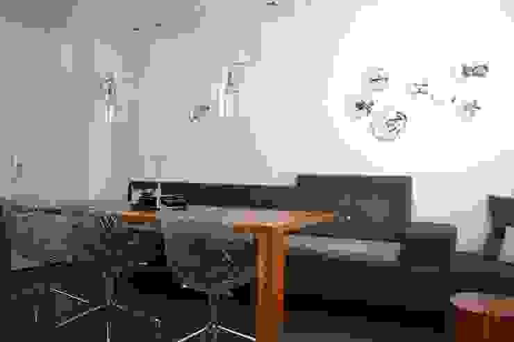 INTERIEURONTWERP ZITKAMER, EETKAMER EN HAL Moderne eetkamers van Binnenkijken Interieuradvies Modern