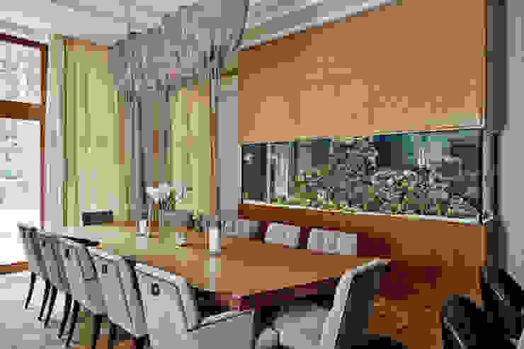 Особняк в Барвихе Столовая комната в эклектичном стиле от Архитектурное бюро Бахарев и Партнеры Эклектичный