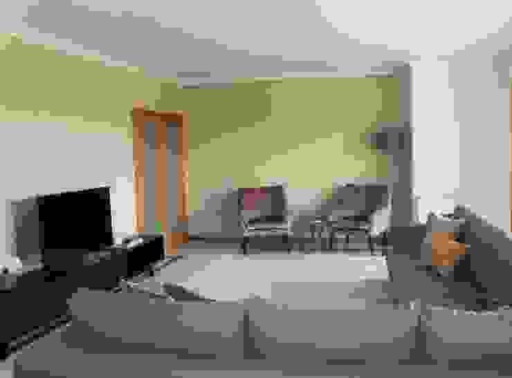 Apartamento Coimbra Salas de estar modernas por NOZ-MOSCADA INTERIORES Moderno
