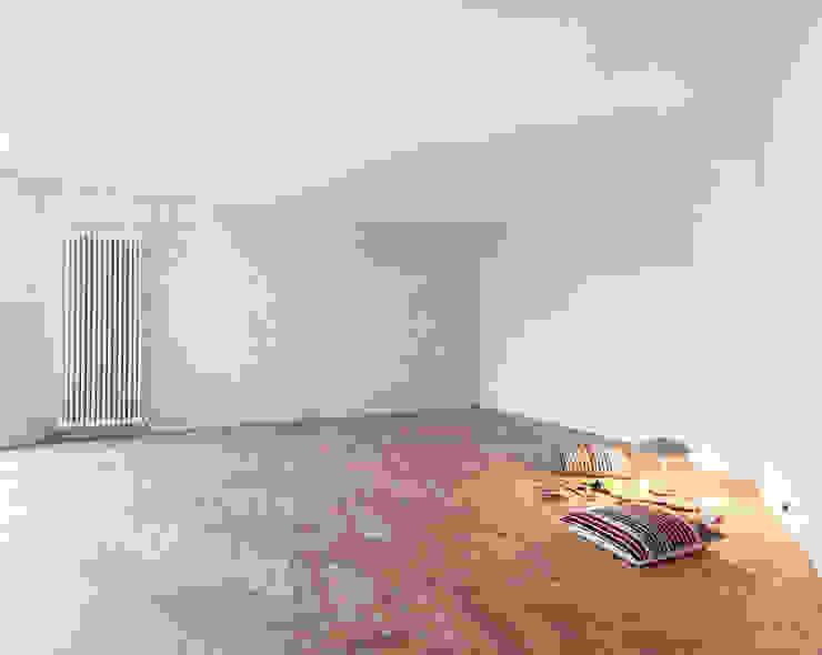 Gisbert Pöppler Architektur Interieur Ruang Keluarga Gaya Industrial White