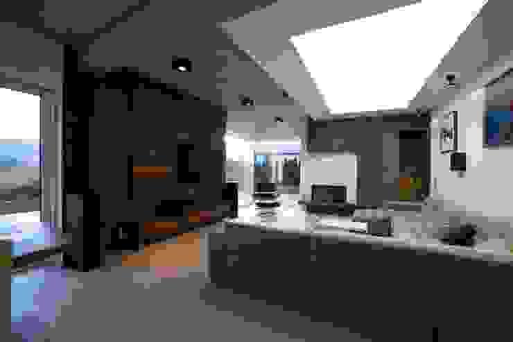 D190: styl , w kategorii Salon zaprojektowany przez PT-Wnętrza Pracownia Projektowa ,Nowoczesny