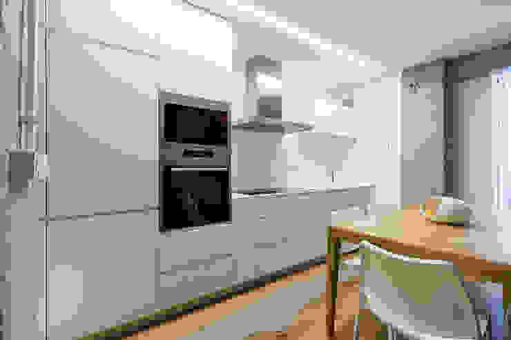 Taralux Iluminación, S.L. ห้องครัว