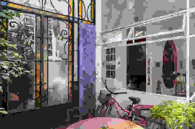 Galpón Lola Puertas y ventanas industriales de Pop Arq Industrial
