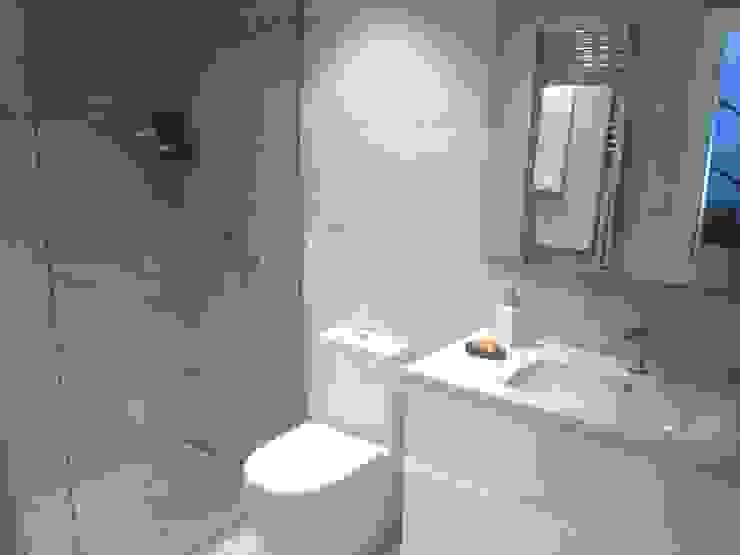 Modern Bathroom by EKIDAZU Modern Ceramic