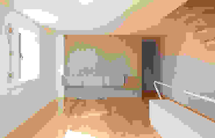 Salones minimalistas de Ricardo Caetano de Freitas | arquitecto Minimalista