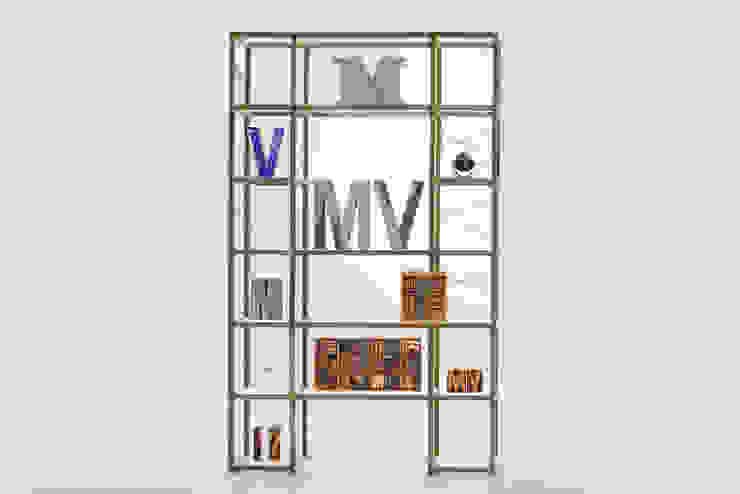 minimalist  by Le zie di Milano, Minimalist Solid Wood Multicolored