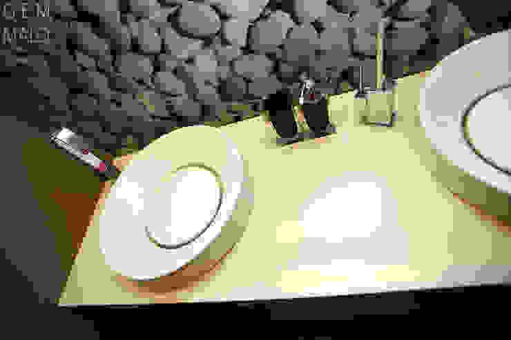 Gemmalo arquitectura interior Modern bathroom MDF Beige
