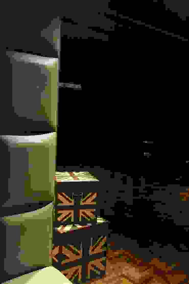 The Box: modern  by Mind Studio,Modern