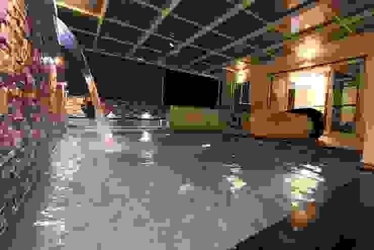Terrace Dip Pool Modern pool by Mind Studio Modern