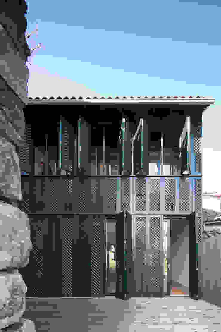Casa das Gelosias Casas ecléticas por Marta Campos - Arquitectura, Reabilitação e Eficiência Energética Eclético