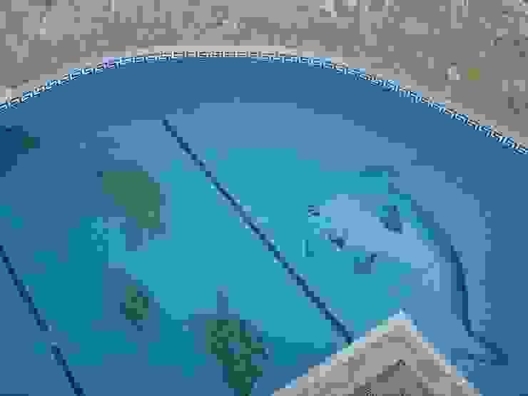 Construção de piscina Piscinas modernas por Dreampool Moderno