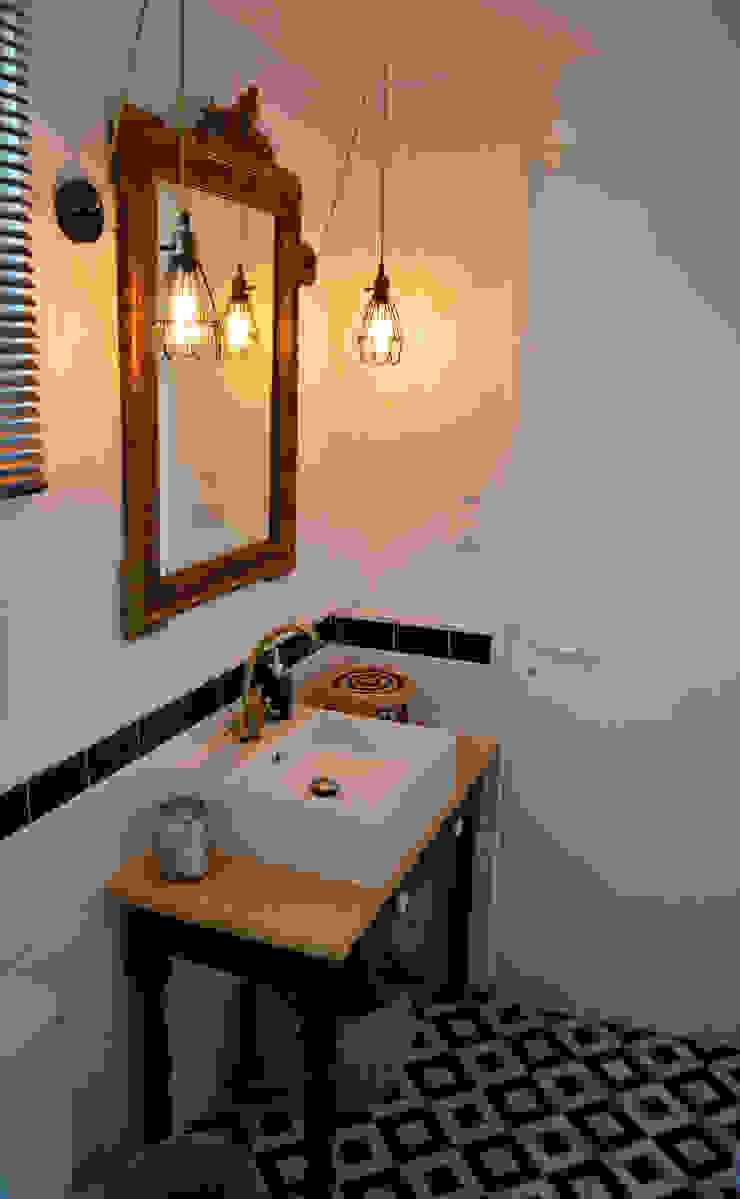 Salle De Bain Industrielle une salle de bain au style rétro-chic / industriellaura