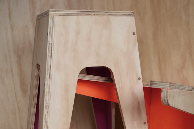 Banco Tabogo de LA FÁBRICA DE DISEÑO Moderno Madera Acabado en madera