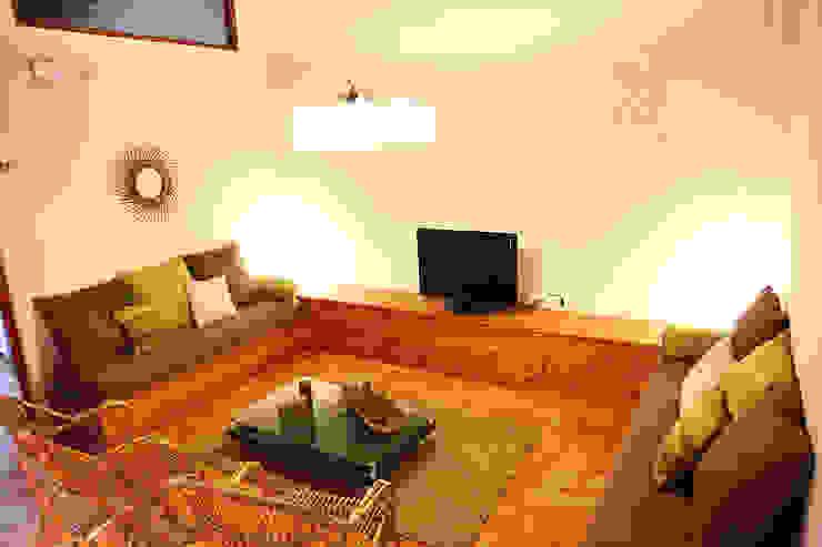 Landhaus Hotels von Gemmalo arquitectura interior Landhaus Massivholz Mehrfarbig
