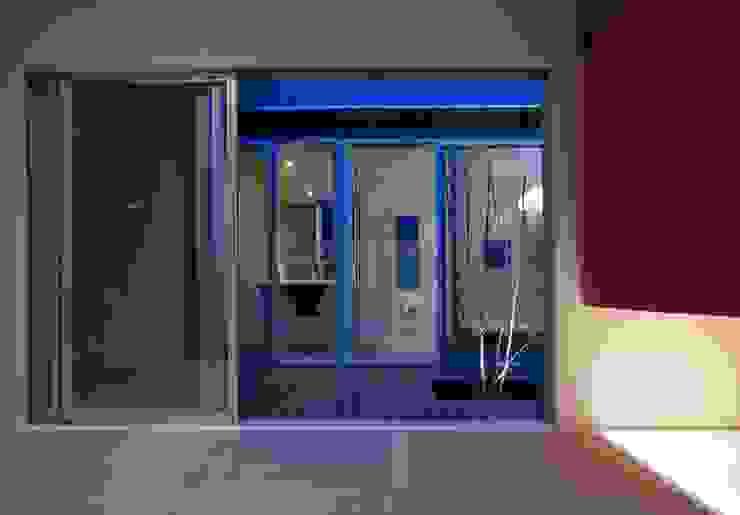 有限会社 橋本設計室 Modern style bathrooms