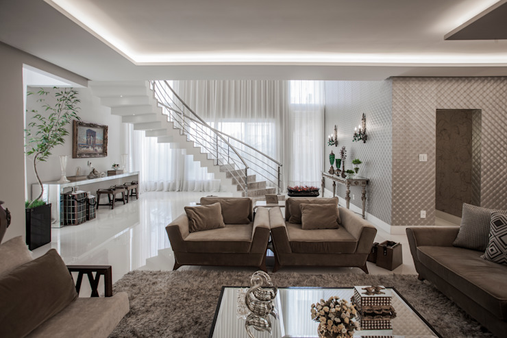 Heloisa Titan Arquitetura Ruang Keluarga Klasik Amber/Gold
