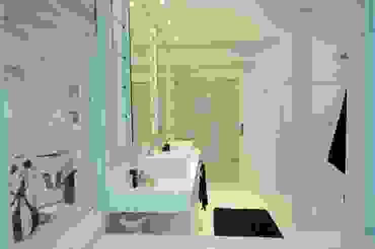 モダンスタイルの お風呂 の João Linck | Arquitetura モダン