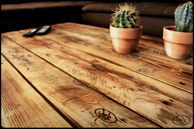 Couchtisch Irekholzart Europalette natur/gebrannt von IrekHolzArt Rustikal Holz Holznachbildung