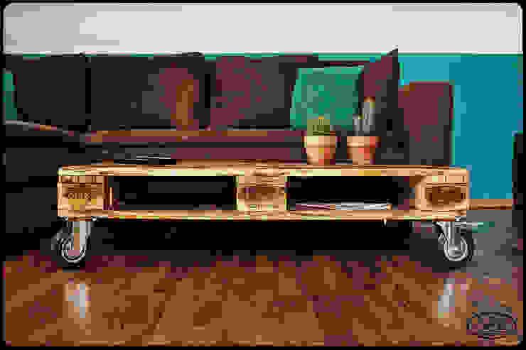 Couchtisch Europalette Irekholzart natur/gebrannt von IrekHolzArt Rustikal Holz Holznachbildung