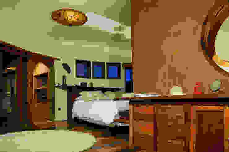 Bedroom by ALIWEN arquitectura & construcción sustentable - Santiago