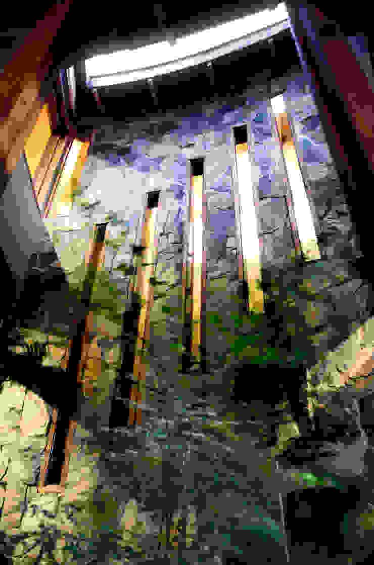 ALIWEN arquitectura & construcción sustentable - Santiago Rustic style conservatory