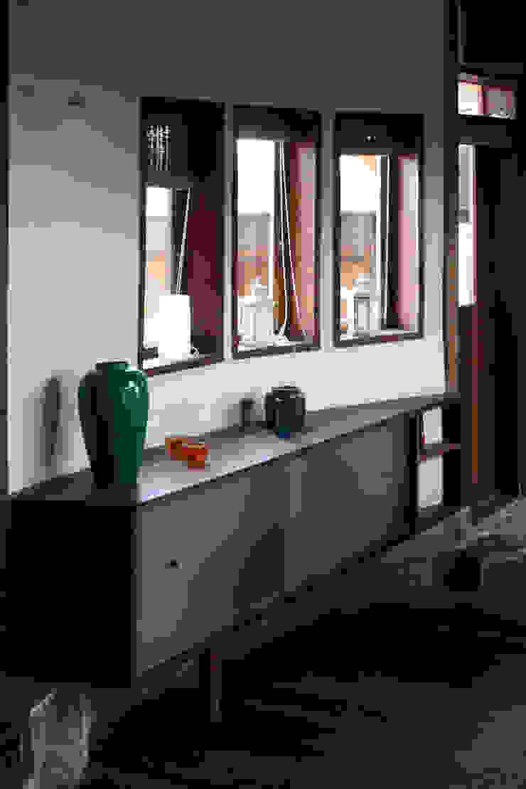 ALIWEN arquitectura & construcción sustentable - Santiago Living roomStorage