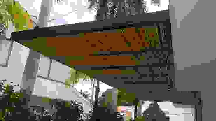 Techo Parqueaderos. de homify Moderno Bambú Verde