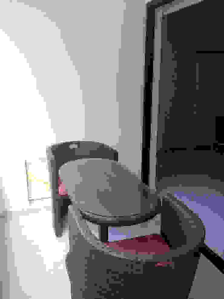 AREA MUY FRESCA PARA TOMAR EL TE Balcones y terrazas de estilo minimalista de Inversiones Su Paraiso Minimalista