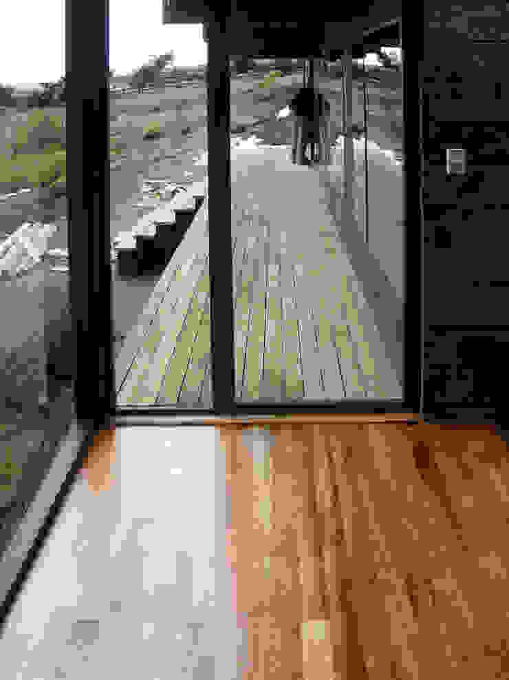 Dormitorio Cuartos de estilo moderno de ALIWEN arquitectura & construcción sustentable - Santiago Moderno