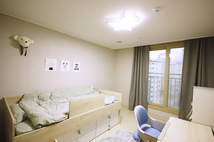 광교 서재형거실 홈스타일링(Kwanggyo APT) Modern style bedroom by homelatte Modern
