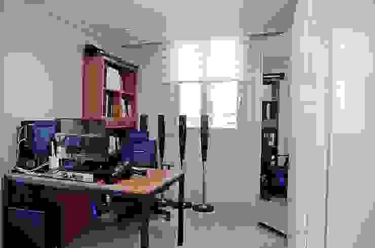새 아파트 홈스타일링 (Paju APT): homelatte의  서재 & 사무실