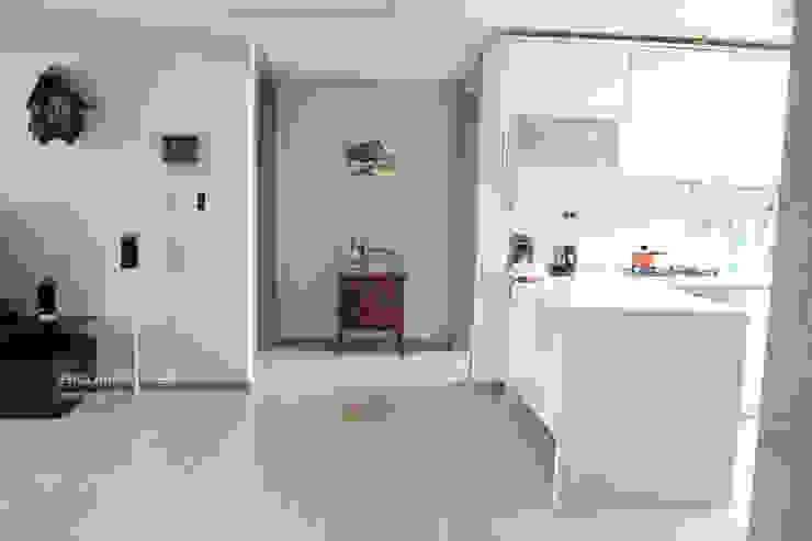 분당 K House (Bundang K House) Modern style bedroom by 잉글랜드버틀러 Modern