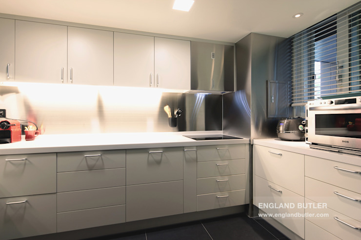 분당 K House (Bundang K House) Dapur Modern Oleh 잉글랜드버틀러 Modern