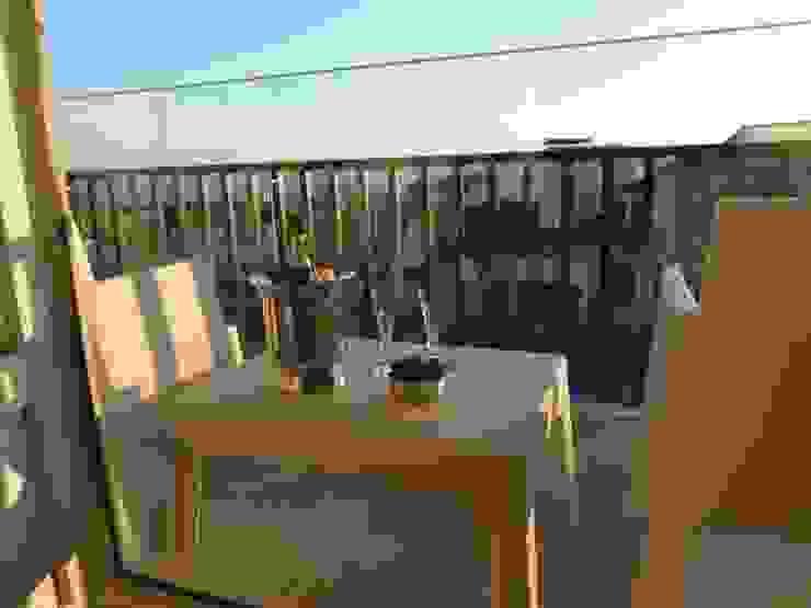 Decoração Caldas Balcones y terrazas de estilo moderno de Obrasdecor Moderno