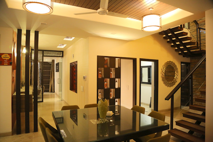 Modern Corridor, Hallway and Staircase by Aayam Consultants Modern