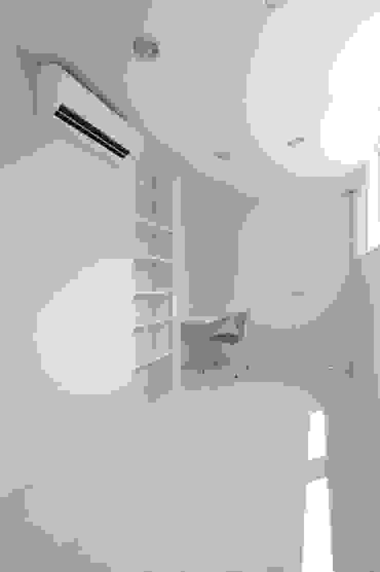 有限会社 橋本設計室 Modern nursery/kids room