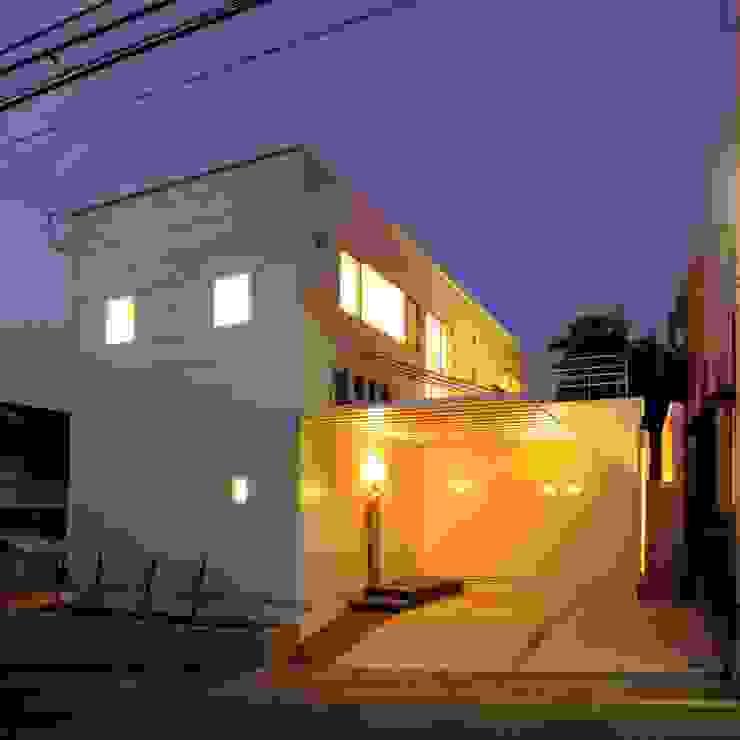 有限会社 橋本設計室 Rumah Modern
