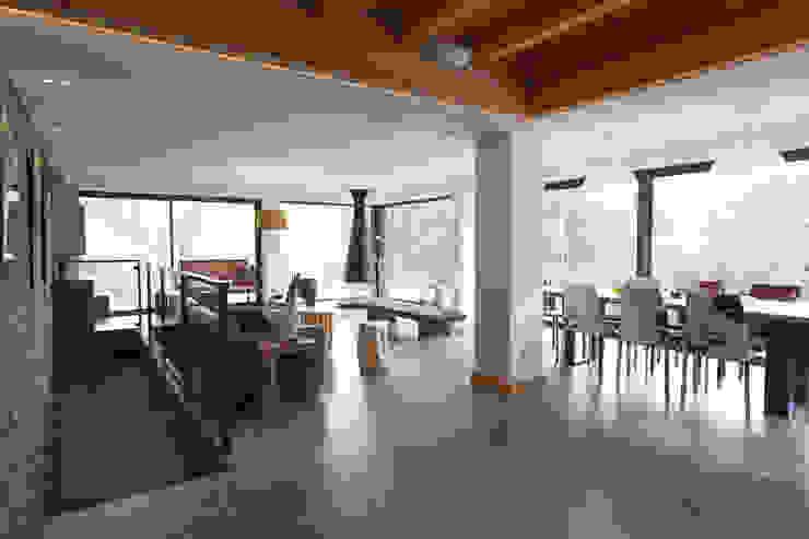 Ruang Keluarga oleh Chevallier Architectes