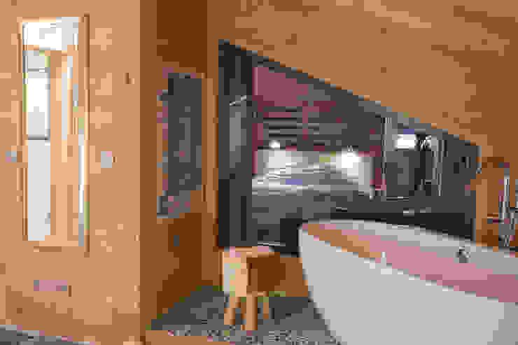 Kamar Mandi oleh Chevallier Architectes