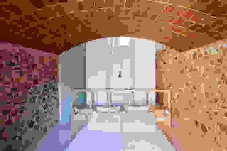Viladecavalls House Quartos minimalistas por CABRÉ I DÍAZ ARQUITECTES Minimalista