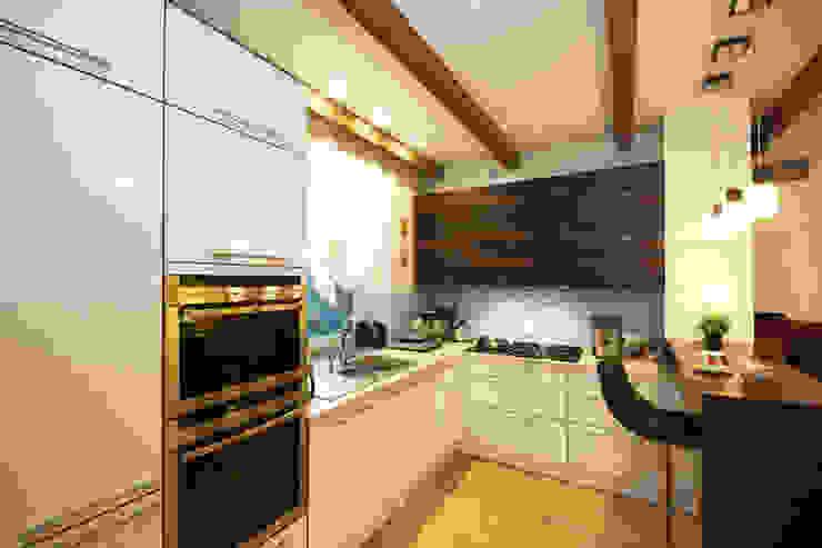 Студия интерьера 'SENSE' Kitchen White