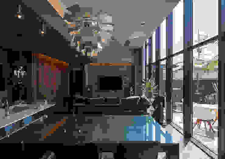 Salas de jantar modernas por 一級建築士事務所 馬場建築設計事務所 Moderno