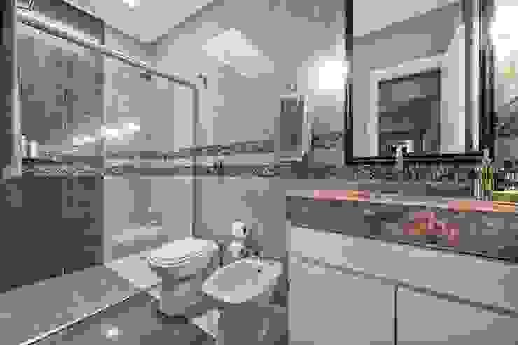 Estúdio IR Modern Bathroom