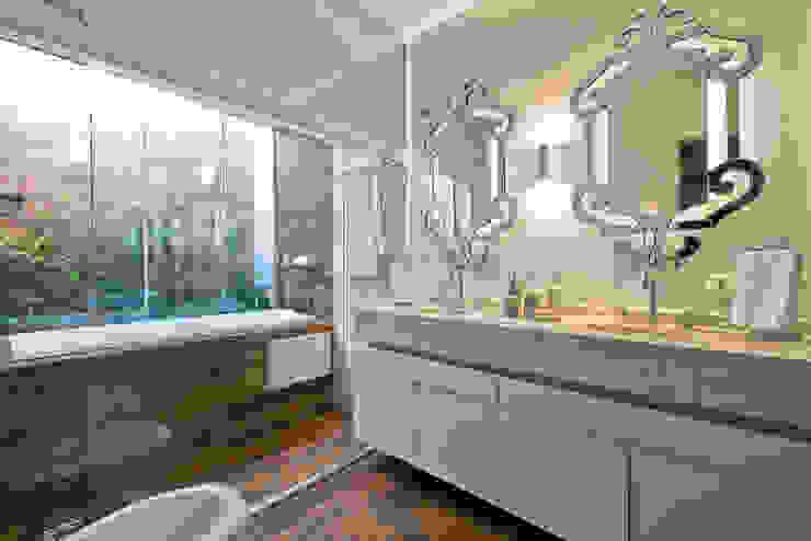 Estúdio IR Classic style bathroom